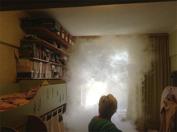 Даже одной специальной дымовой шашкой от насекомых можно полностью уничтожить тараканов в квартире буквально за несколько часов.