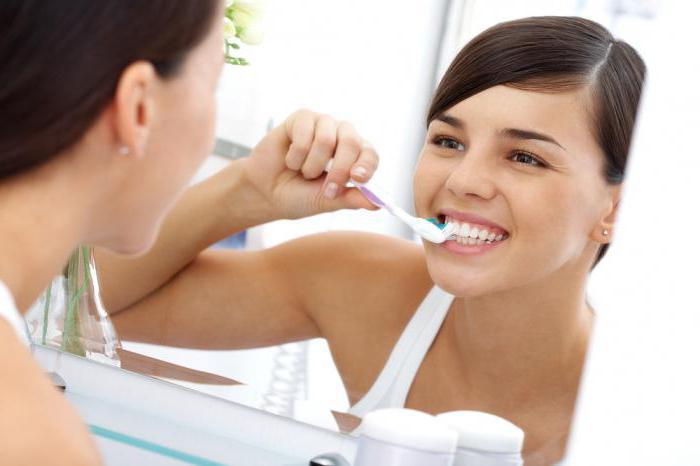 Как убрать зубной камень в домашних условиях фото