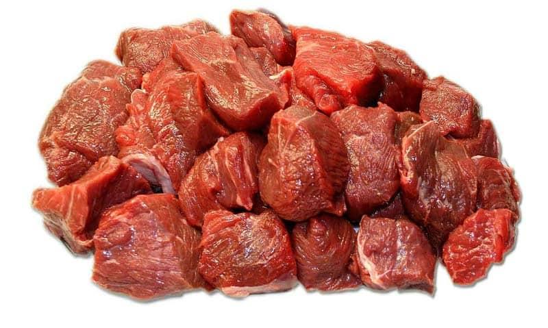 Кормление мопсов мясом