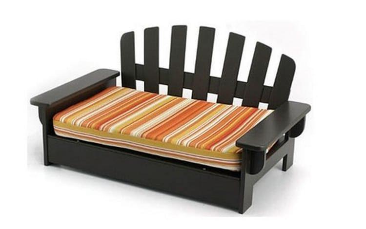 Лежаки для крупных собак можно делать с использованием деревянной основы.