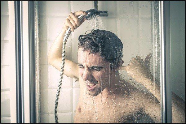 После обработки Фенаксином примите душ