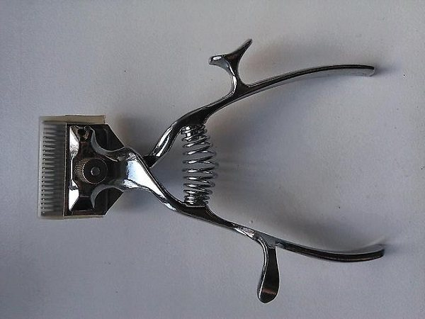 Ручная машинка для стрижки собак