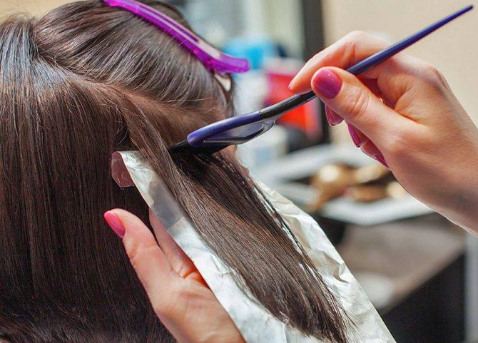 Вши на окрашенных волосах живут или нет?